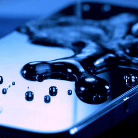 Универсален течен протектор – Течността, която прави екрана Ви 10 пъти по-здрав